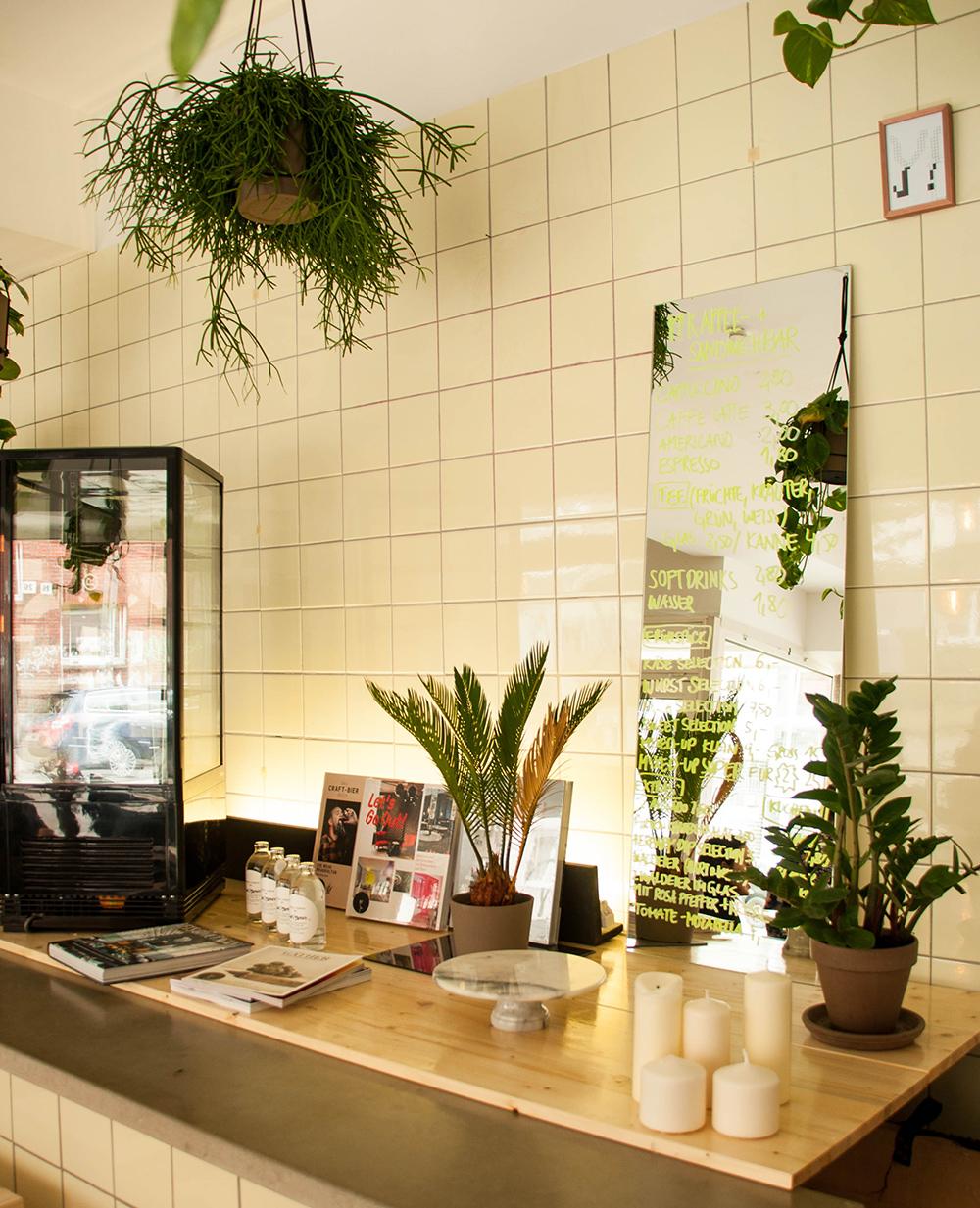 Herbary-Cafe-Y-Lea-Lou-11