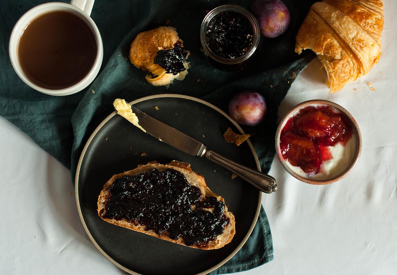 oven-baked-plum-jam