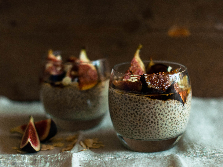 vegan-chia-pudding-caramelised-figs-1