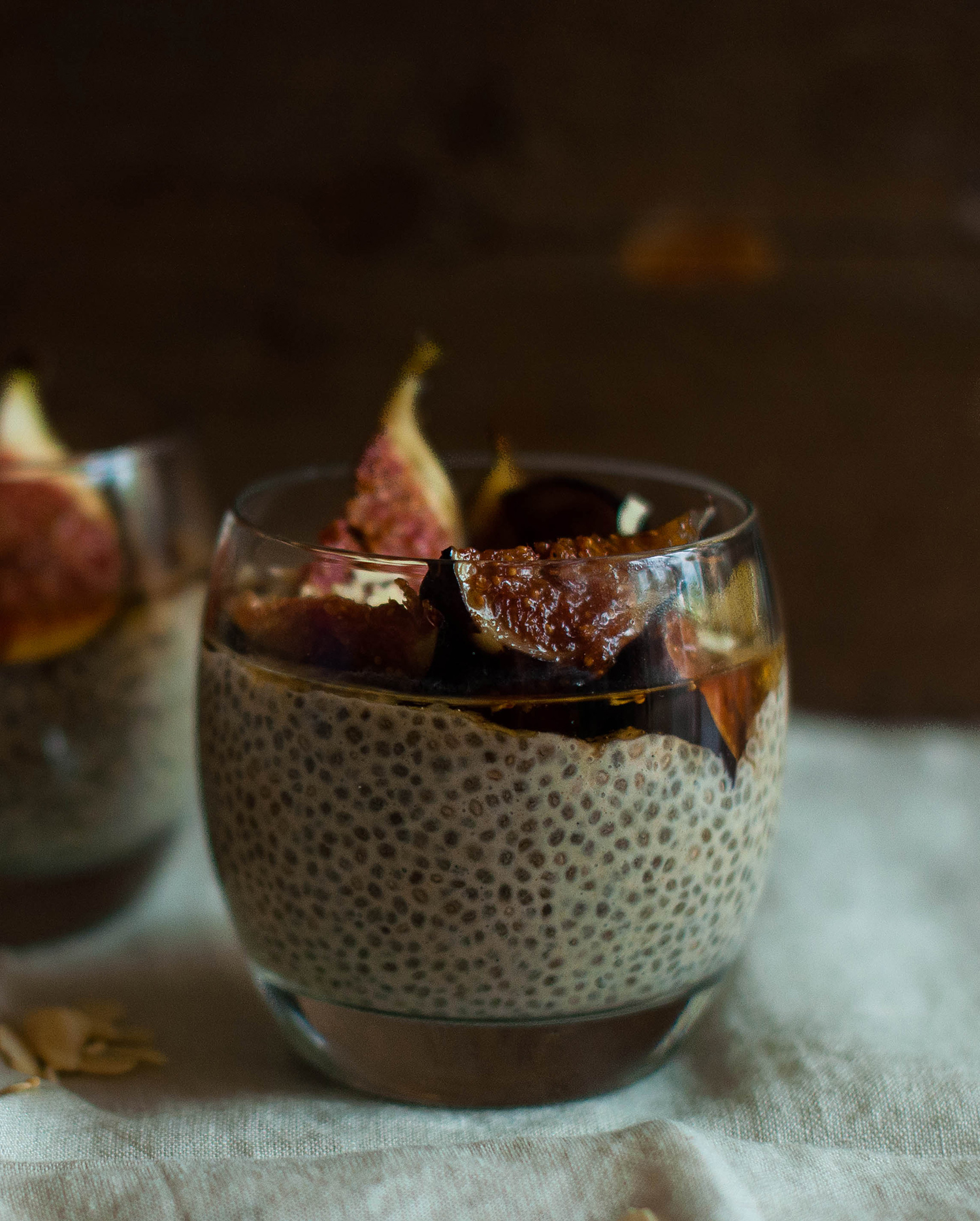 vegan-chia-pudding-caramelised-figs