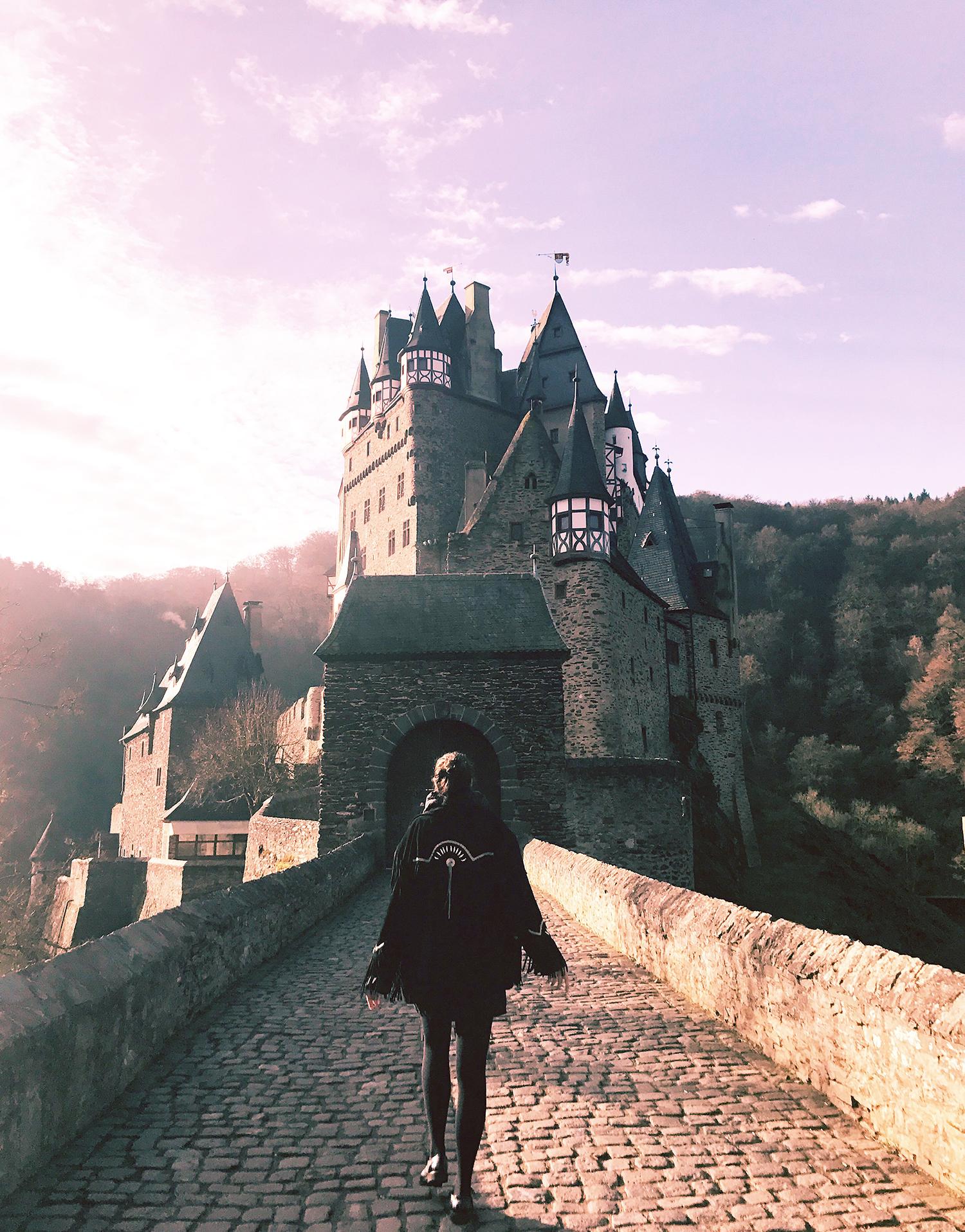 Burg-Eltz-Cochem-Lea-Lou-1