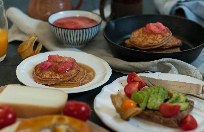 Rhubarb-orange-compote-pancakes-lea-lou-1