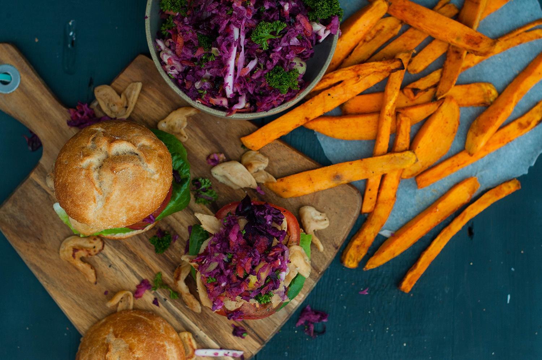 Veganz-Pulled-Soja-burgers-coleslaw-lea-lou-1