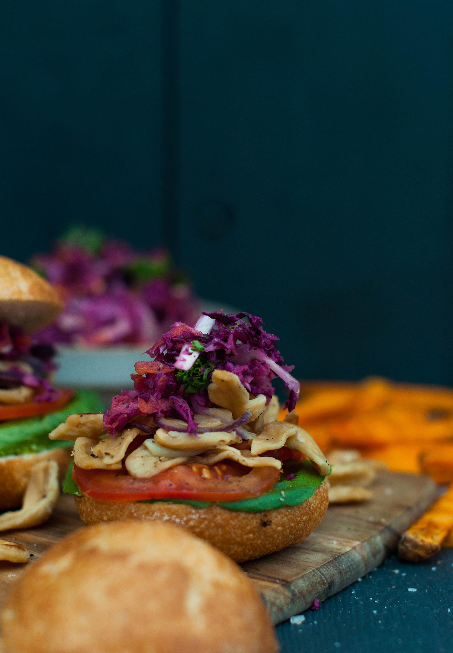 Veganz-Pulled-Soja-burgers-coleslaw-lea-lou-6