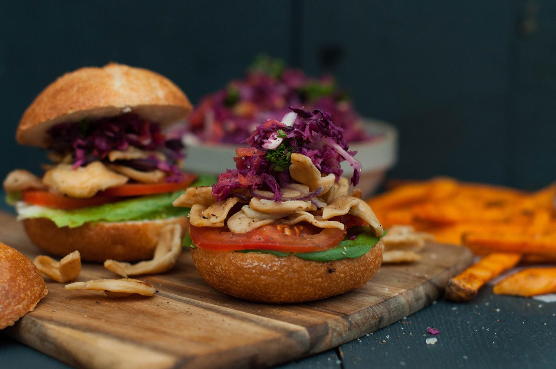 Veganz-Pulled-Soja-burgers-coleslaw-lea-lou-7