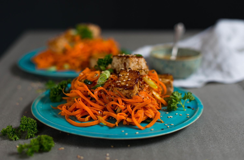 Carrot-noodles-peanut-sauce-lea-lou-2