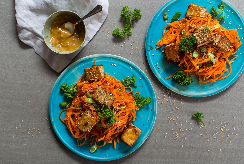 Carrot-noodles-peanut-sauce-lea-lou-4