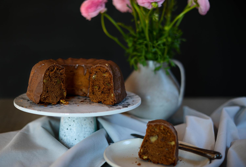 Chocolate-walnut-cake-lea-lou