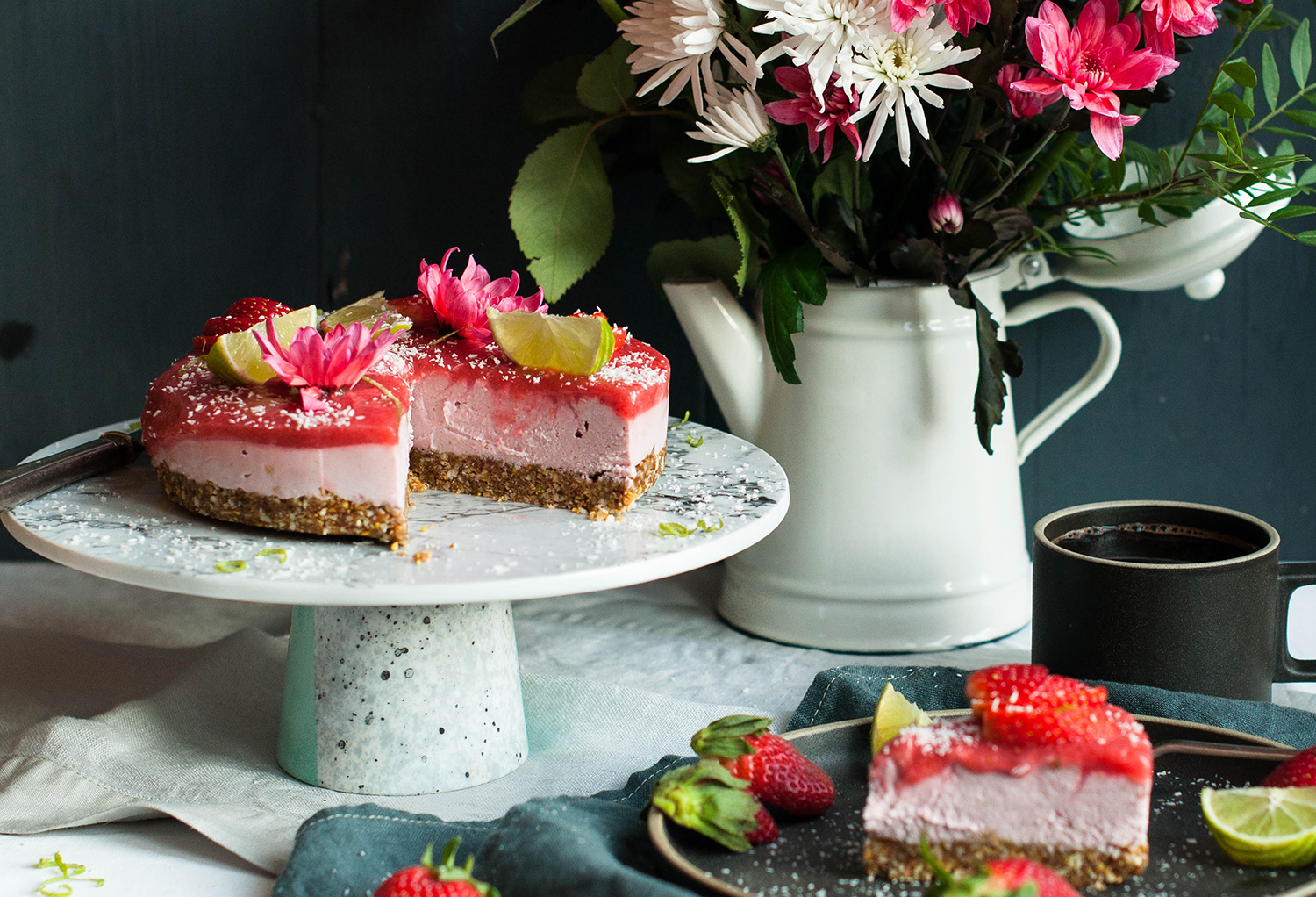 Glutenfree-raw-vegan-strawberry-lime-tart-lea-lou-6