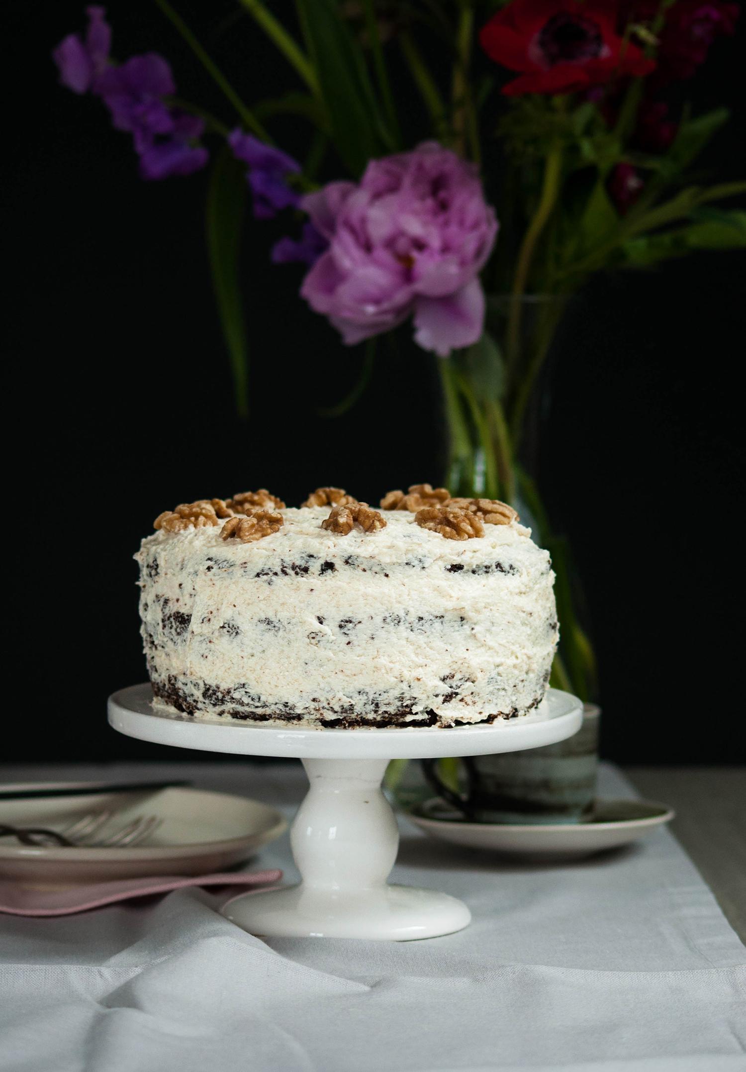 Vegan-carrot-cake-lea-lou-6