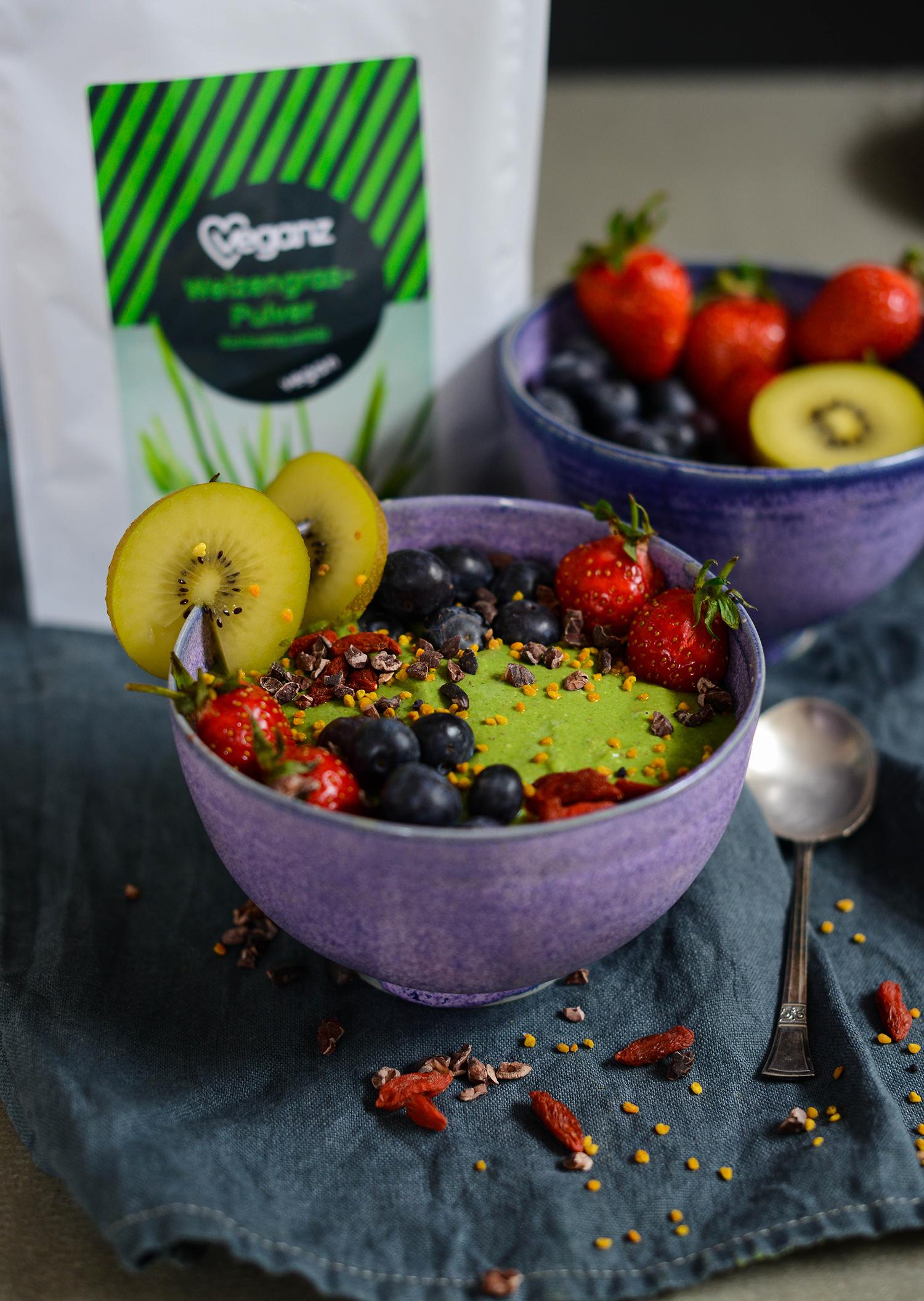 Veganz-wheatgrass-smoothie-lea-lou-4