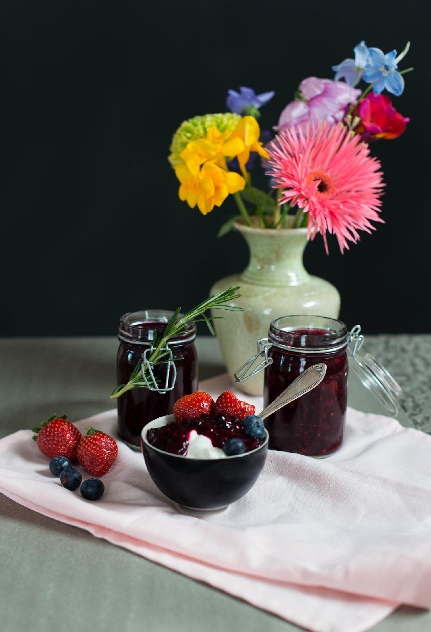 Berry-compote-lea-lou-1