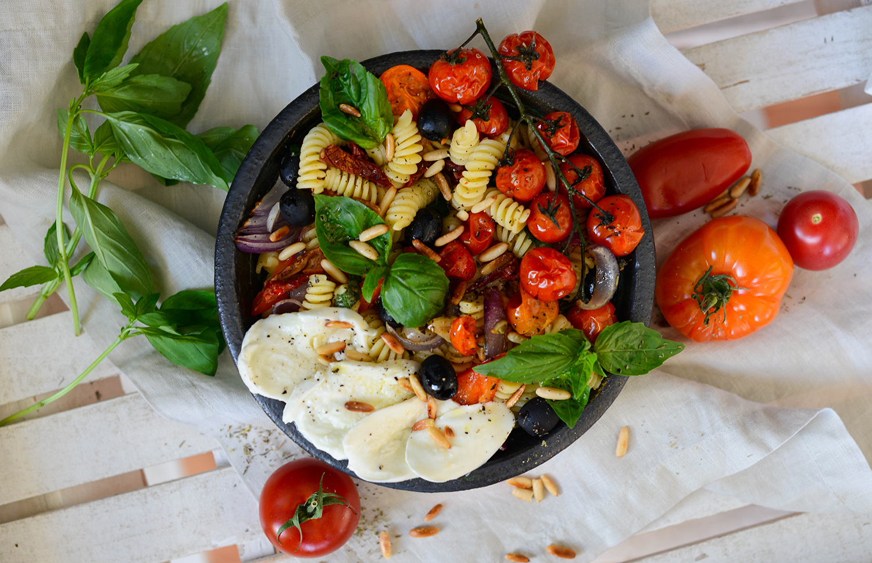 Mediterranean-pasta-salad-roasted-vegetables-lea-lou-2