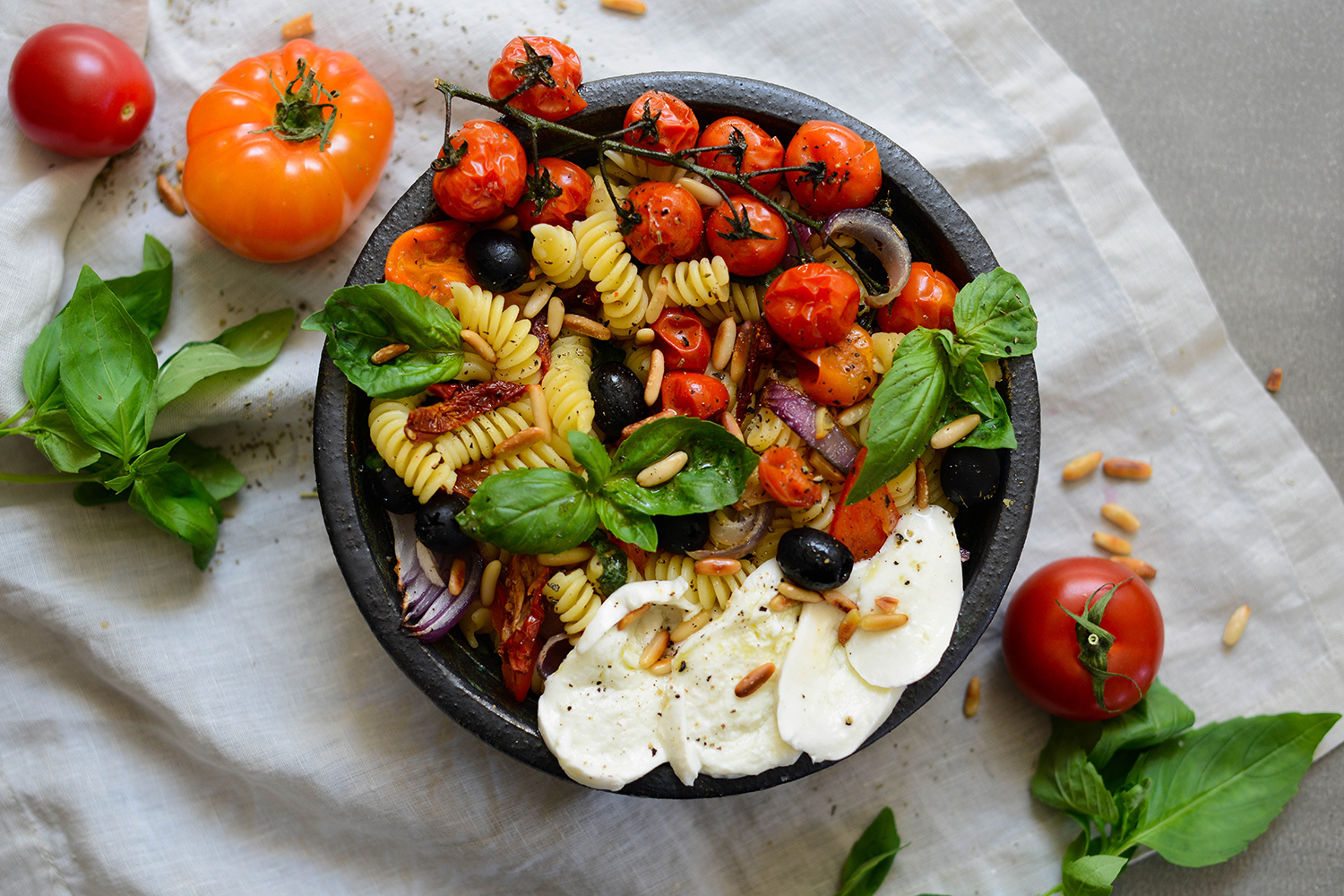 Mediterranean-pasta-salad-roasted-vegetables-lea-lou