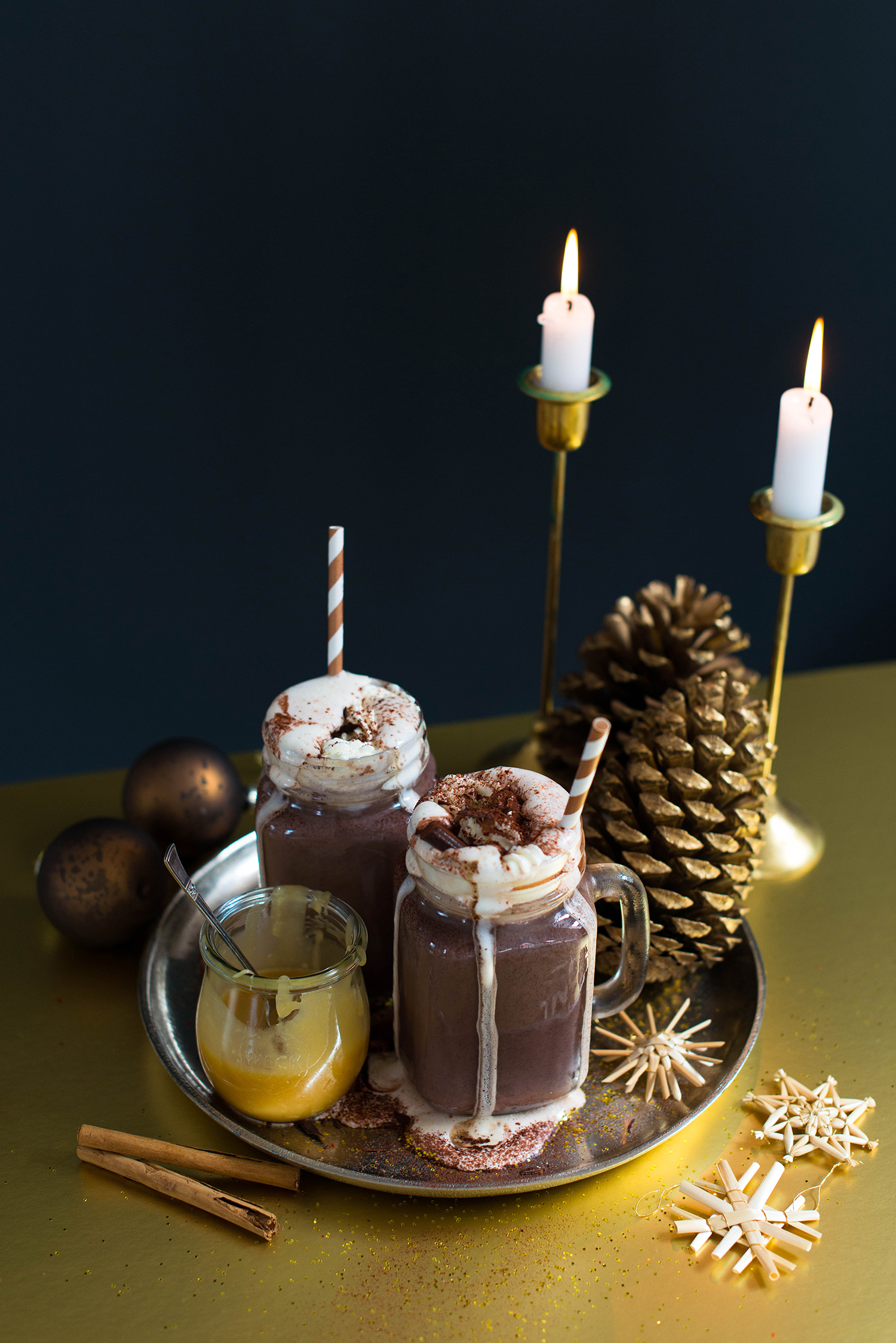 Spiced-hot-chocolate-salted-caramel-sauce-1