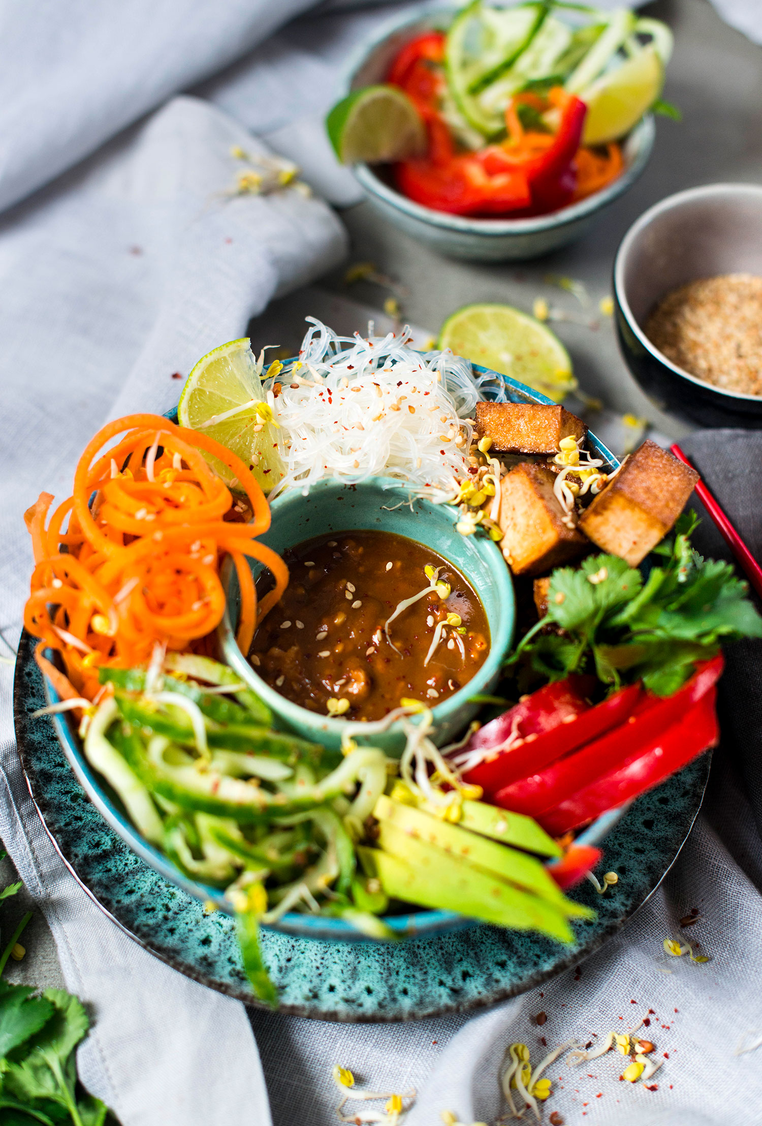 Vegan-summer-roll-bowl-lea-lou-2