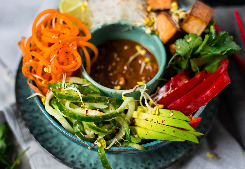 Vegan-summer-roll-bowl-lea-lou-5