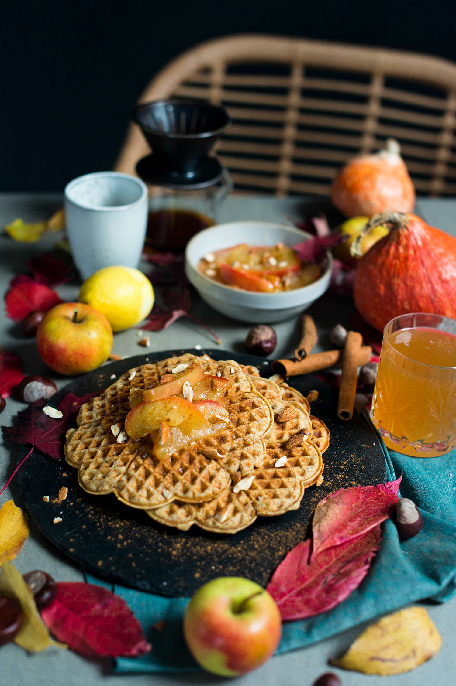 Marzipan-waffles-apple-compote-6