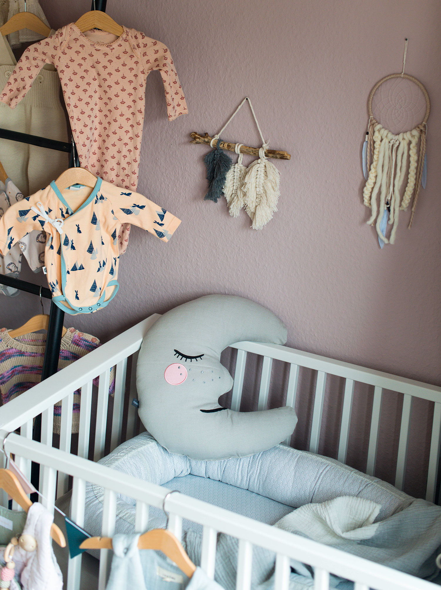 Kinderzimmer-Babyerstausstattung-Lea-Lou