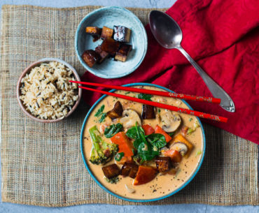 Veganes-Rotes-Thai-Curry-Erdnuss