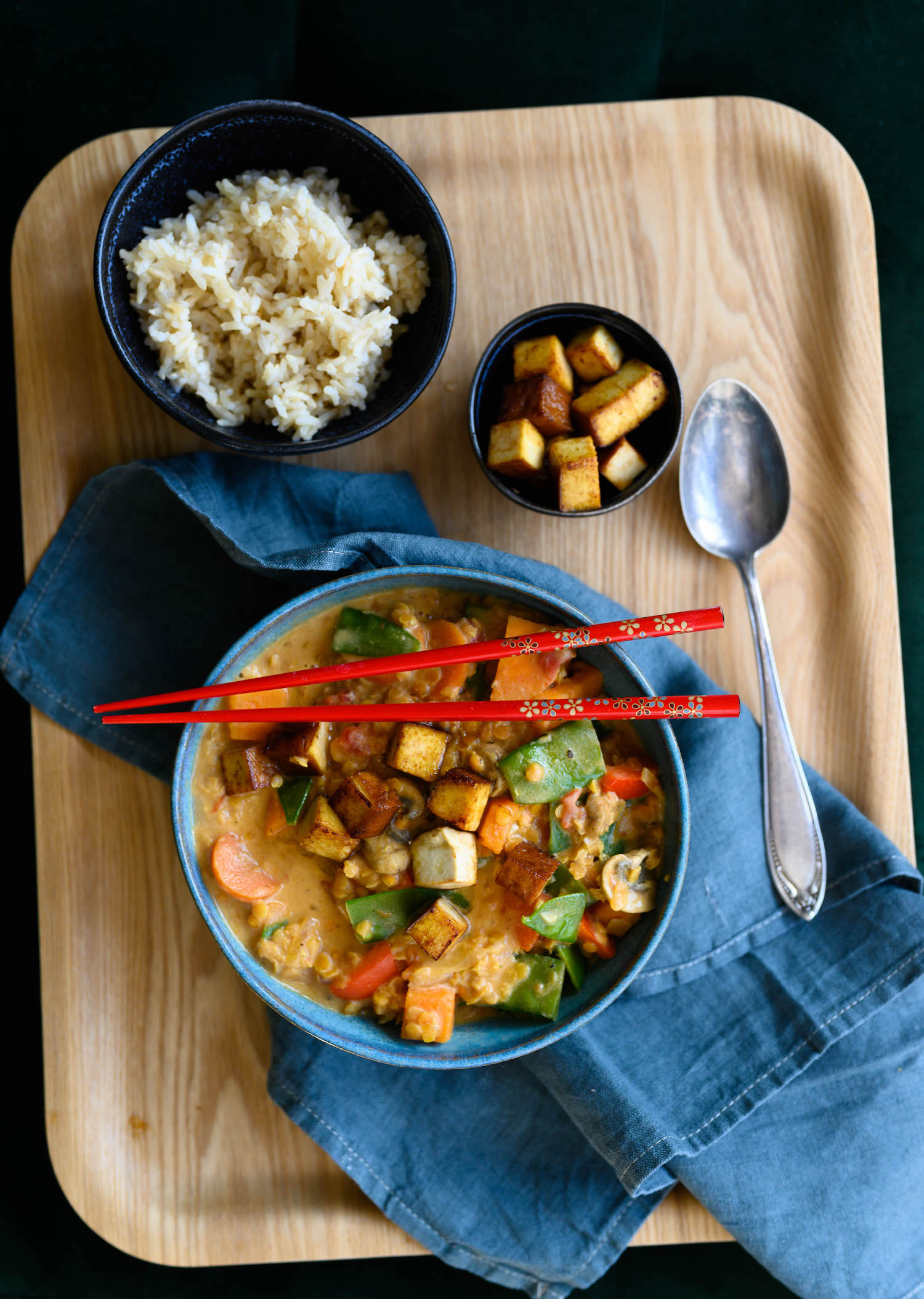 Sweet potato curry with red lentils and tahini